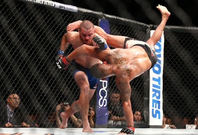 Anthony Pettis Jim Miller UFC 213 (Foto: Getty Images)