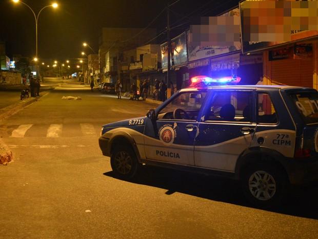 Vítima não resistiu aos ferimentos e morreu no local (Foto: Anderson Oliveira/ Blog do Anderson)