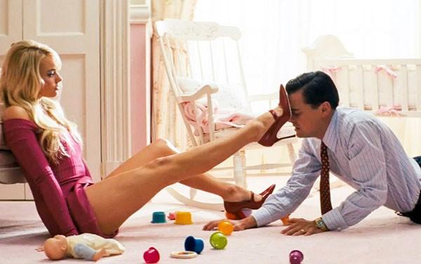 Margot Robbie e Leonardo DiCaprio em cena de 'O Lobo de Wall Street' (2013) (Foto: Divulgação)