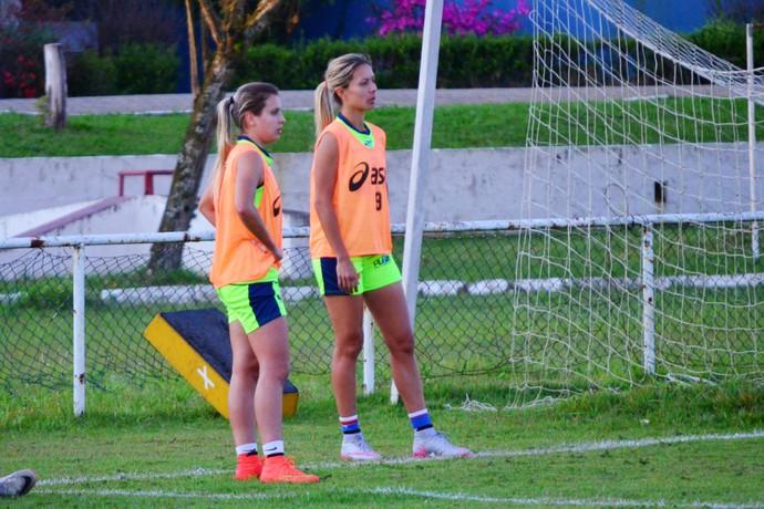 Djenifer Becker Sâmia Pryscila São José futebol feminino (Foto: Danilo Sardinha/GloboEsporte.com)