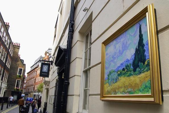 Pinturas de Van Gogh estão perdendo as cores