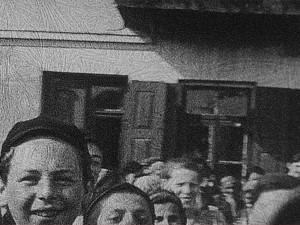 Frame do vídeo dos avós de Glenn Kurtz em que Maurice Chandler aparece no canto esquerdo (Foto: US Holocaust Memorial Museum, gift of Glenn Kurtz)