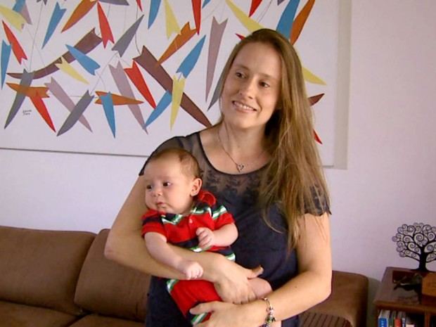 Elizabeth Jaskow Mac Micol descobriu ter hipotireoidismo nas duas vezes em que ficou grávida (Foto: Chico Escolano/EPTV)
