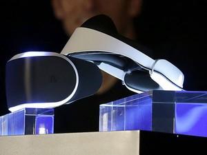 Project Morpheus é projeto de óculos de realidade virtual da Sony (Foto: Jeff Chiu/AFP)