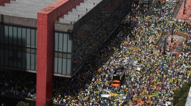 Grupos do 'Fora Dilma' tentam atingir mais cidades