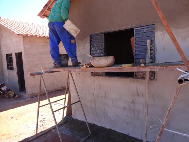 Trabalhadores construiam casas para o 'Minha Casa Minha Vida' (Foto: Divulgação/SRTE-GO)