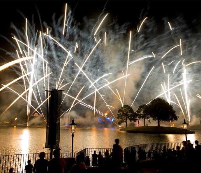 Para fechar o dia com chave de ouro, o espetáculo Illuminations: Reflections of Earth (Foto: Walt Disney World)