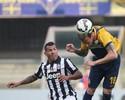 Tevez perde pênalti, e Juve fica no empate em último teste antes de Barça