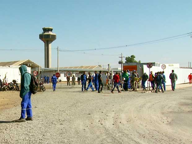 Operários de expansão de Aeroporto de Viracopos fazem segunda paralisação em 5 dias (Foto: Reprodução EPTV)