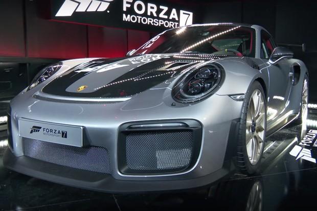 Porsche 911 GT2 RS (Foto:  Reprodução / YouTube)