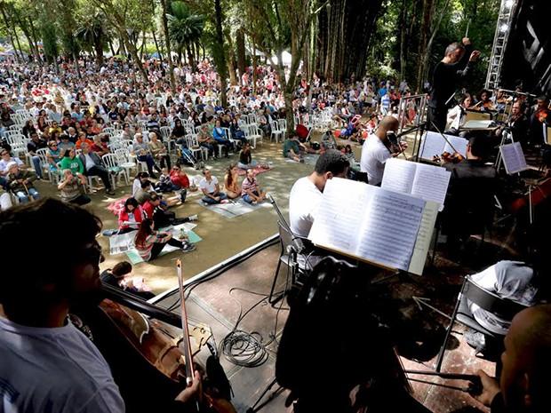 Piquenique sinfônico faz parte da programação de aniversário da cidade (Foto: Divulgação/ AJFAC)