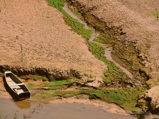 Rio Santa Maria da Vitória no distrito de Recreio, no ES (Foto: Marcelo Prest/ A Gazeta)