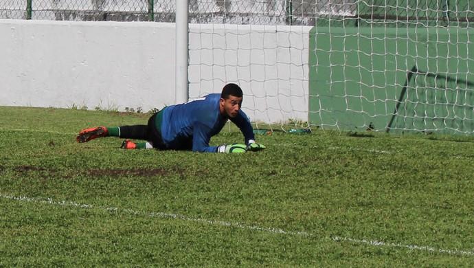 Rogério, goleiro da Portuguesa Santista (Foto: Douglas Teixeira / Portuguesa Santista)