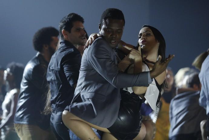 Érico Brás arrasa no reencontro com sua professora, Gabrielle Cardoso (Foto: Raphael Dias / Gshow)