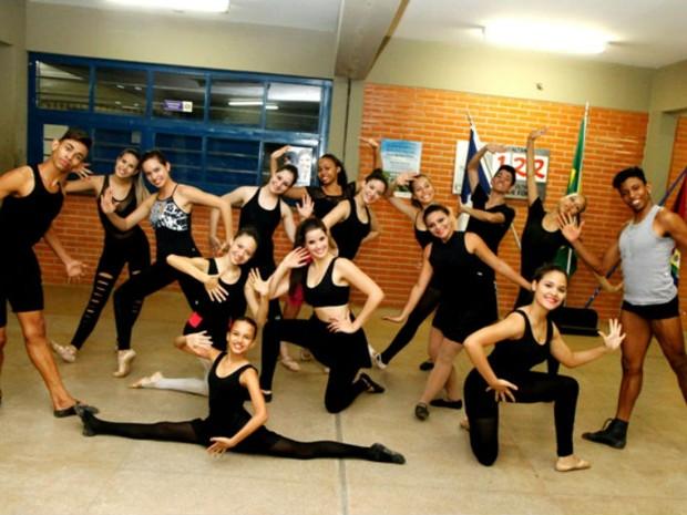 Balé Popular do Tocantins, irá representar o estado no 4º Festival de Dança de Florianópolis (Foto: Manoel Lima/Seduc)