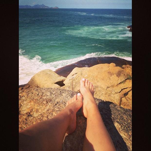 Renatinha posta foto em praia (Foto: Instagram / Reprodução)