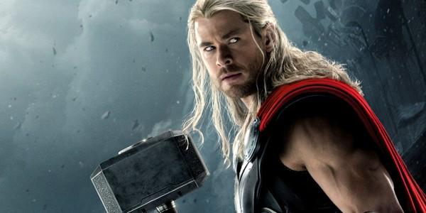 """Chris Hemsworth no filme """"Thor"""" (Foto: Divulgação)"""