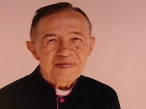 Padre Bernardino está internado desde domingo (02) (Foto: Reprodução/TV Grande Rio)