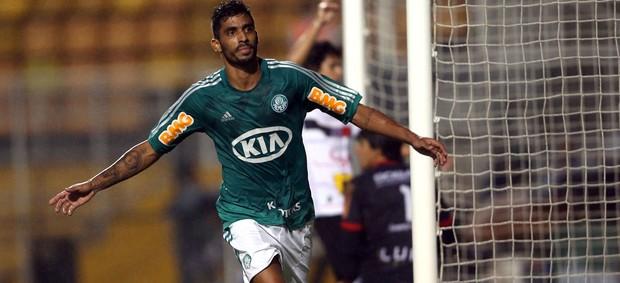 Vilson gol Palmeiras x Paulista (Foto: JF Diorio / Ag. Estado)