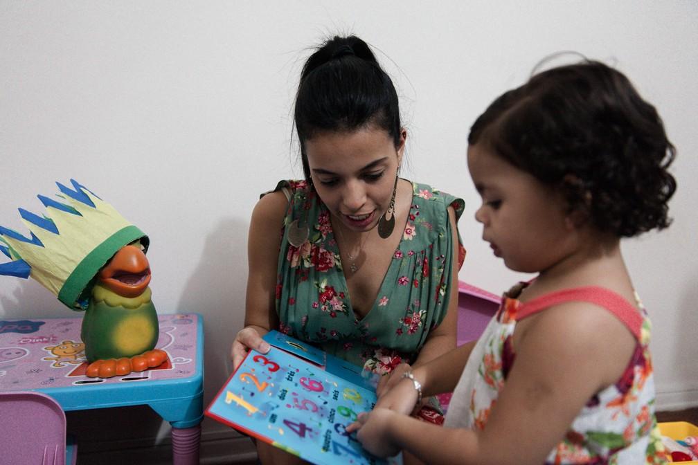 Brincar junto é oportunidade para dividir emoções (Foto: Marcelo Brandt/G1)