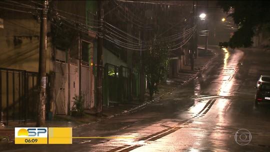 Família é feita refém por 4 homens em Taboão da Serra, na Grande SP