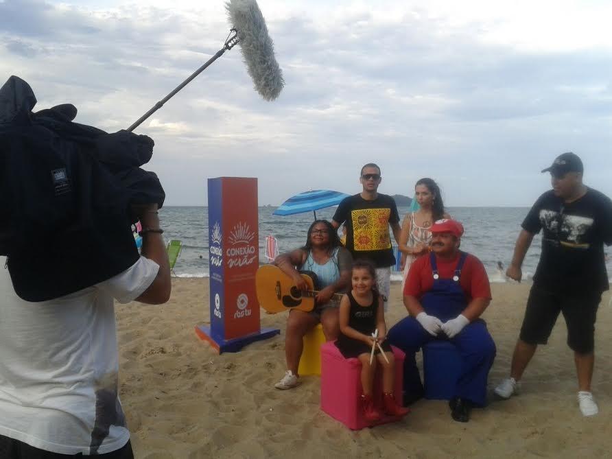 GSHOW - FOTOS: Veja como foi a gravação do Patrola na praia de ... - Globo.com