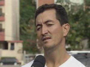 Pai de aluno fala sobre a perda de aulas dos estudantes (Foto: Reprodução/TV Tribuna)
