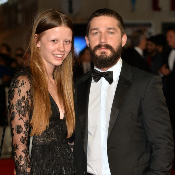 Mia Goth e Shia LeBeouf na premiére do London Film Festival, em 2014 (Foto: Anthony Harvey/GettyImages)