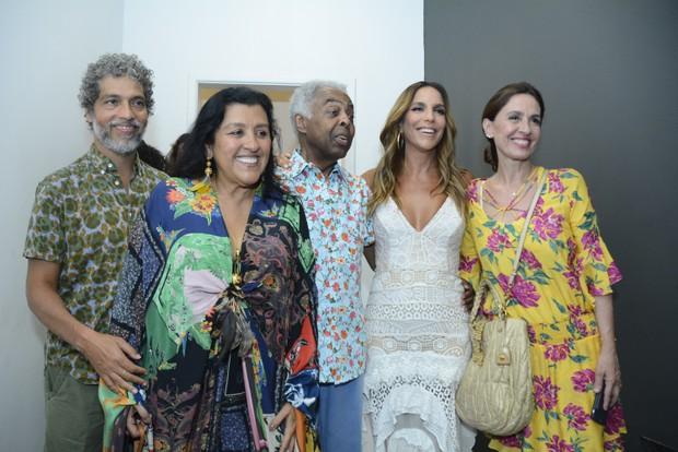 Ivete Sangalo recebe famosos em show (Foto: André Carvalho/Ag Haack)