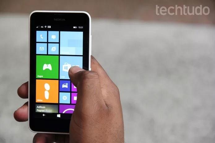 Lumia 635 é um smart intermediário (Foto: Anna Kellen Bull/TechTudo)