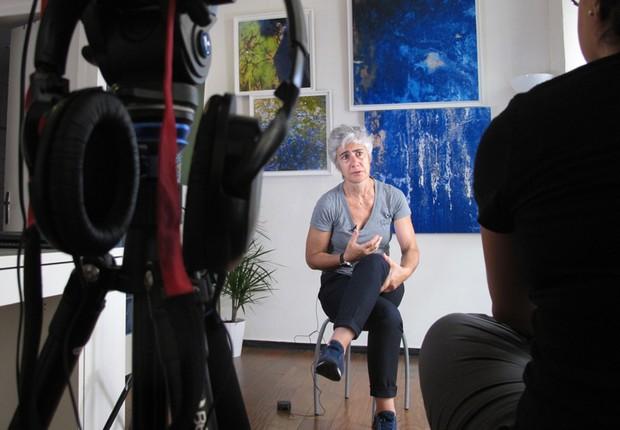 Após anos como chef, Cidália Alves investiu em uma galeria de arte para mostrar suas obras e de outros artistas contemporâneos (Foto: The Girls on the Road)