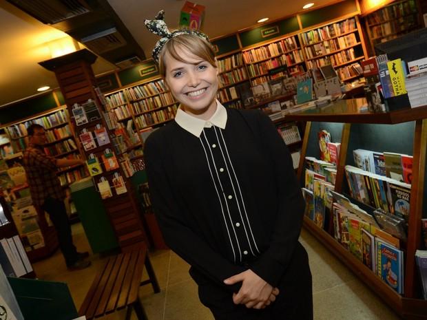 Letícia Colin em lançamento de livro no Rio (Foto: Léo Marinho/ Ag. News)