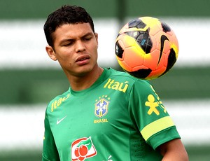 Thiago Silva treino seleção brasileira Goiânia (Foto: Mowa Press)