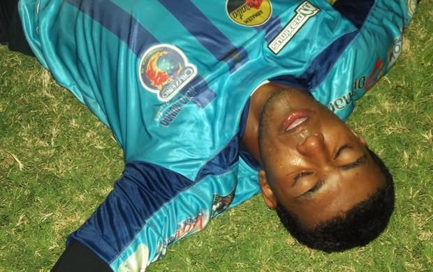 Aranha, goleiro do Cruzeiro-PB (Foto: Luiz Carlos Roque / Globoesporte.com/pb)