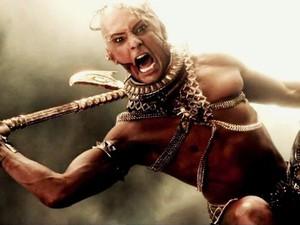 Rodrigo Santoro como o deus Xerxes em 300, a Ascensão do Império