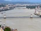 Danúbio recua, e Budapeste escapa de enchente