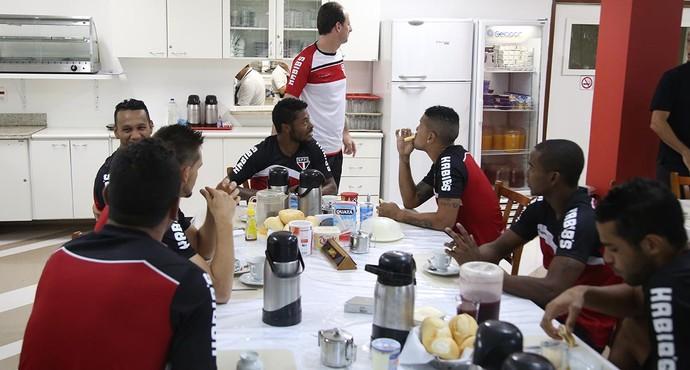 São Paulo reapresentação (Foto: Rubens Chiri/site oficial do SPFC)