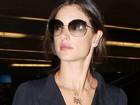 Alessandra Ambrósio usa colar com os nomes dos filhos