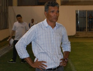 Betão, técnico do Cruzeiro de Itaporanga (Foto: Lucas Barros / Globoesporte.com/pb)