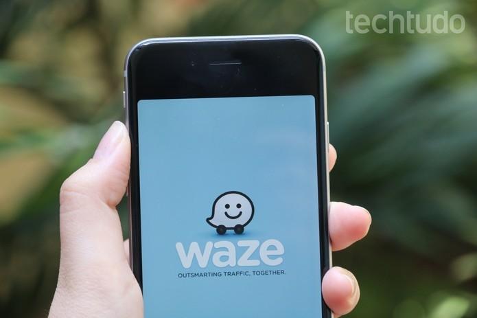 Aplicativo Waze é atualizado constantemente com informações dos usuários (Foto: Anna Kellen Bull/TechTudo) (Foto: Aplicativo Waze é atualizado constantemente com informações dos usuários (Foto: Anna Kellen Bull/TechTudo))