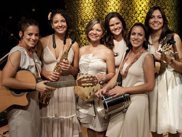 Grupo Bionne se apresenta em evento que comemora o Dia da Mulher (Foto: Várzea Grande Shopping/ Divulgação)