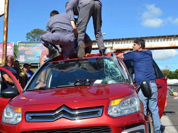 Vítima foi socorrida em estado grave (Foto: Divulgação / Mais Tupã)