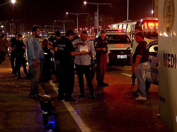 Homem foi morto a tiros na frente de shopping em Natal (Foto: Reprodução/Inter TV Cabugi)