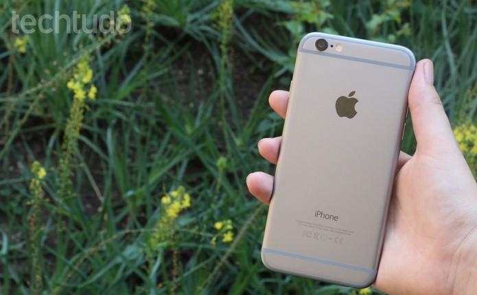 iPhone 6 (Foto: Traseira do iPhone 6 (Foto: Lucas Mendes/TechTudo))