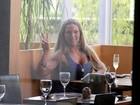 De volta ao Brasil, Valesca Popozuda almoça em shopping do Rio