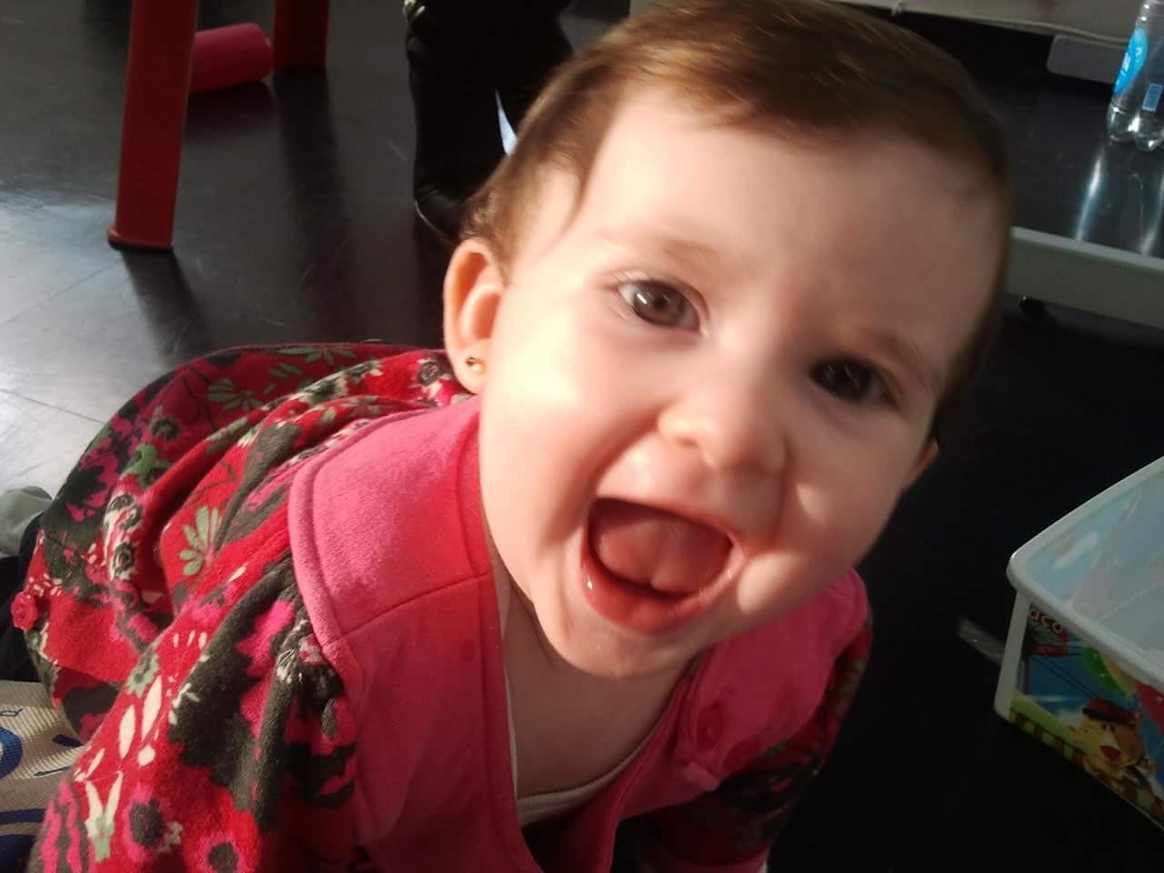 Catarina no escritório quando bebê (Foto: Arquivo pessoal)