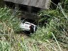 Motorista perde o controle da direção e cai em ribanceira em Petrópolis, RJ
