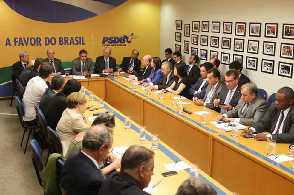Executiva Nacional do PSDB, durante reunião nesta quinta-feira (15) (Foto: George Gianni/PSDB)