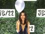 Thaila Ayala posa decotada no aniversário de Justin Bieber!