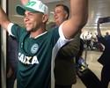 Nos braços da torcida, Walter chega para sua segunda passagem no Goiás